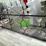 Оградка на кладбище, Тюмень