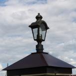 Заборный колпак с площадкой под фонарь., Тюмень